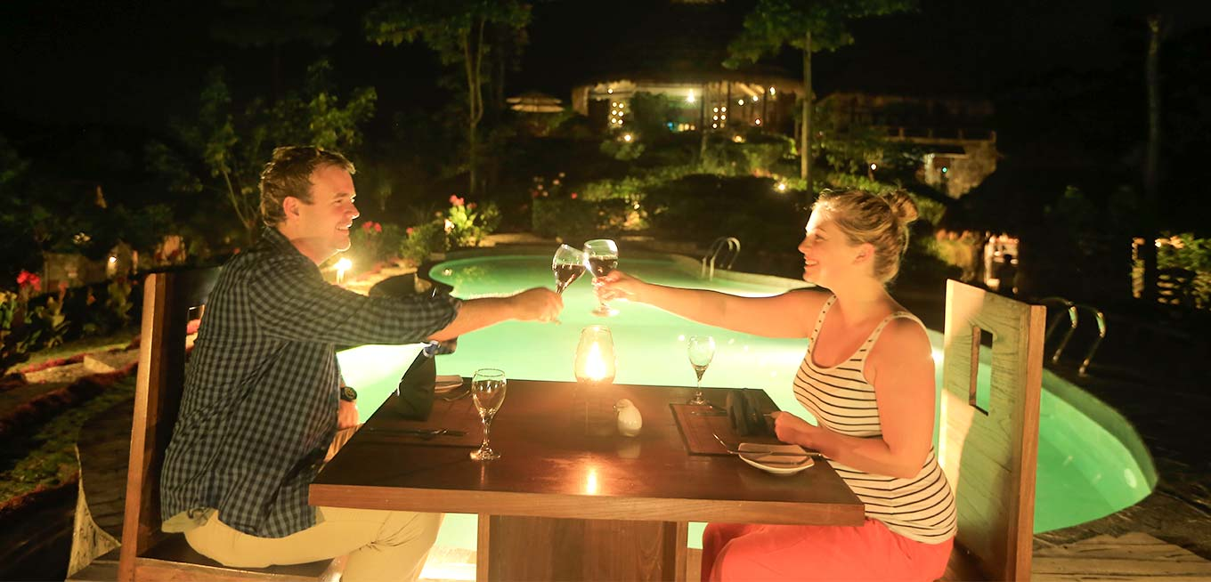 Poolside Dining at 98 Acres Resort & Spa