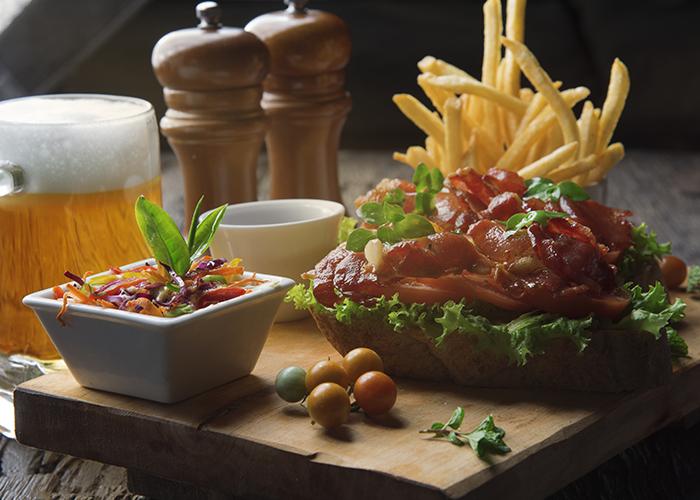 food-dining-ella-restaurant